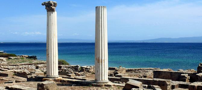 Tharros site archéologique en Sardaigne: où les premières civilisations d'Orient débarquèrent