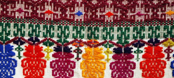 Samugheo and Busachi, the vivacity of the colors in the Sardinian carpets