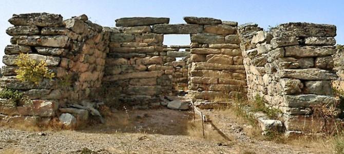 """Le Temple """"à mégaron"""" le plus imposant de la Méditerranée"""
