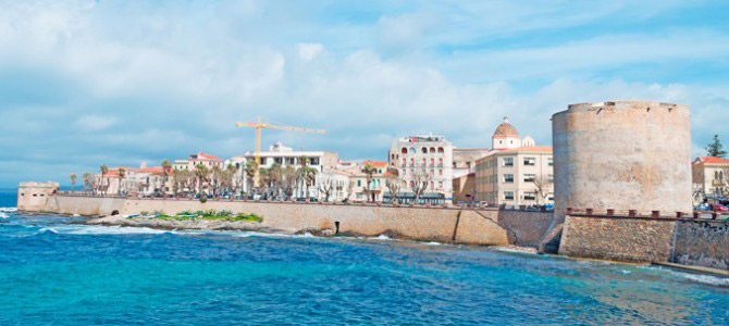 5 reasons to visit the charming Alghero