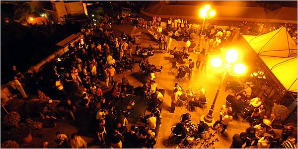 La vita notturna tra Cagliari e dintorni. Tutti i locali dove fare tardi.