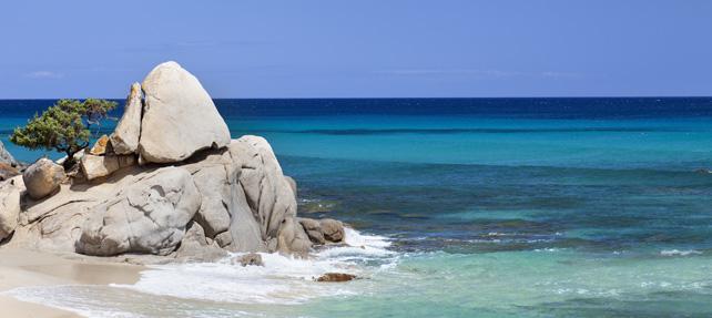 Best beaches in Sardinia: San Teodoro and Alghero